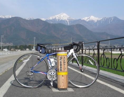 自転車の 1歳 自転車 後ろ : 所用で帰省した。勿論、愛車を ...